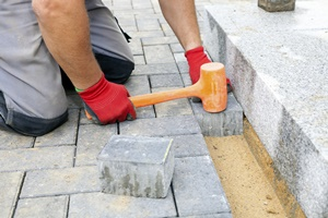 Milwaukee paver stone patio and walkway construction for homes and businesses.