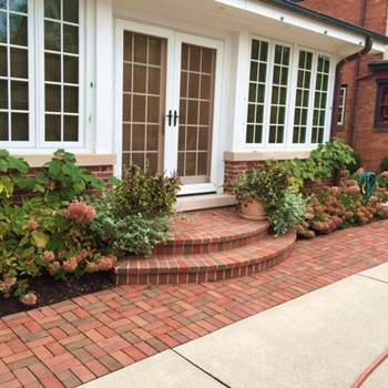 Brick walkway and steps project for River Hills homeowner.