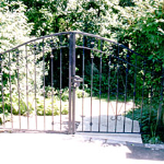 Delafield fence and gate installation